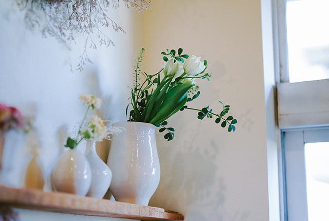 坂本さんが手がけた花器