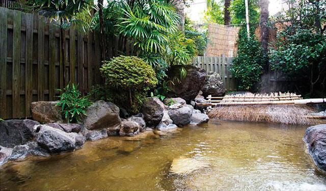 山田別荘の露天風呂