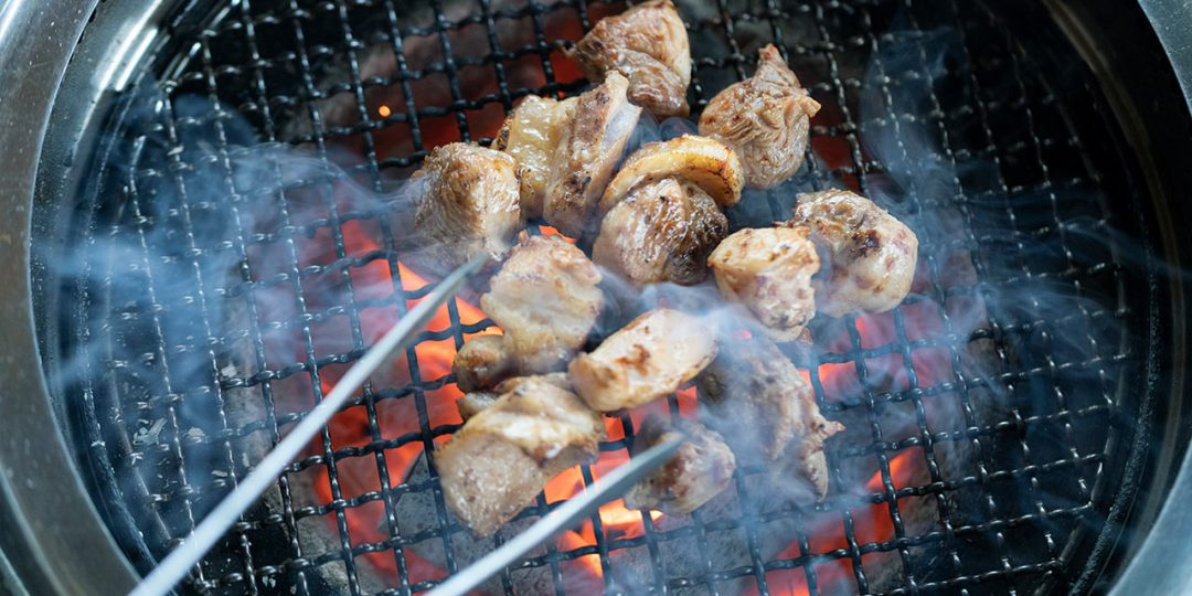 地鶏の炭火焼き