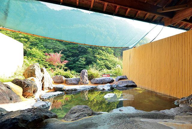 塚原温泉 火口乃泉の露天風呂