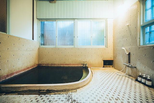 山田別荘の内風呂