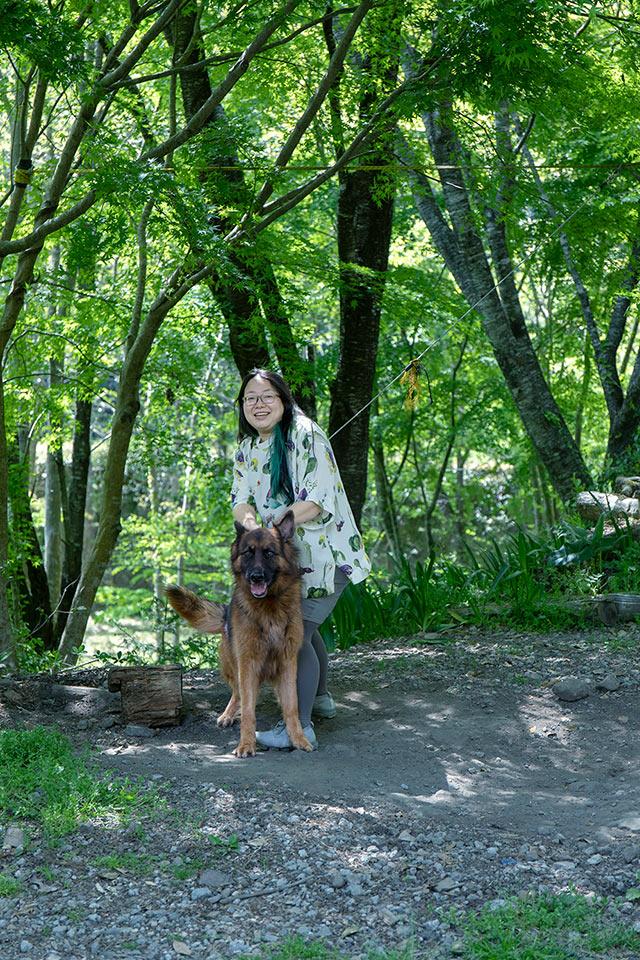 愛犬の「にわ」ちゃんと福田さん