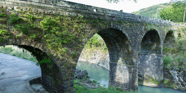 日本一の「石橋のまち」が大分県にあった! インスタ映え必至の石橋巡り