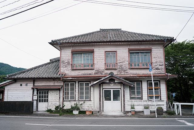 〈USUKIYAKI研究所〉の外観