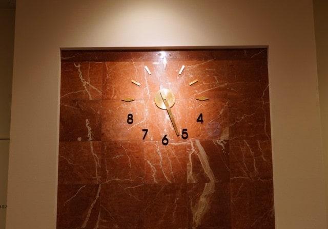 旧二十三銀行で使われていた壁時計