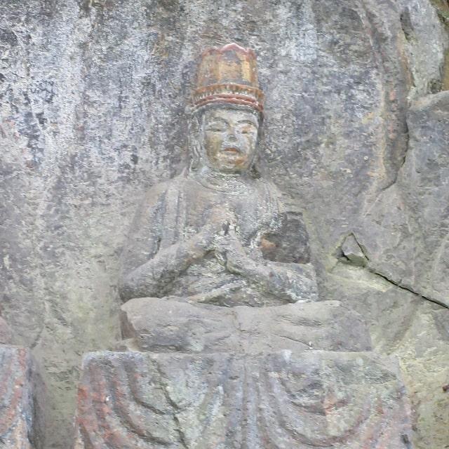 ホキ石仏第一群第三龕「大日如来坐像」
