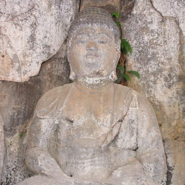 ホキ石仏第二群第一龕「あみだ如来坐像」